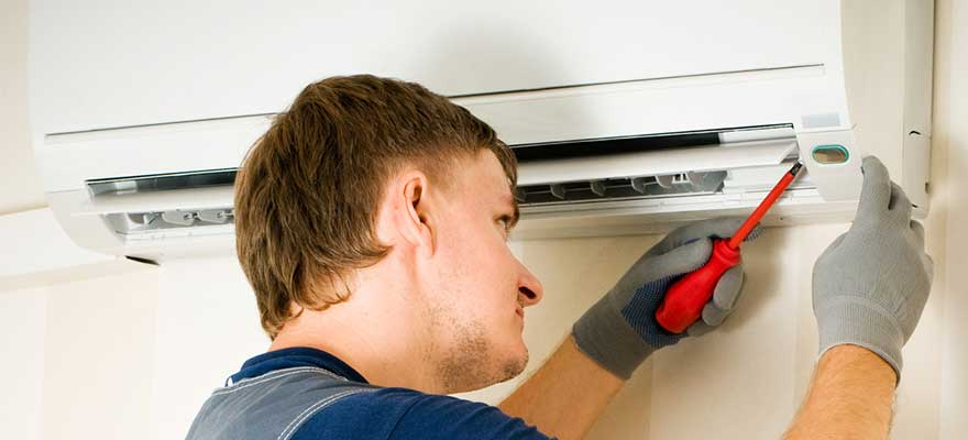 http://www.colonialplumbing.com/wp-content/uploads/Ductless-Mini-Split-AC-Repair-and-Installation-and-Replacement-Services-Colonial-Heights-VA.jpg